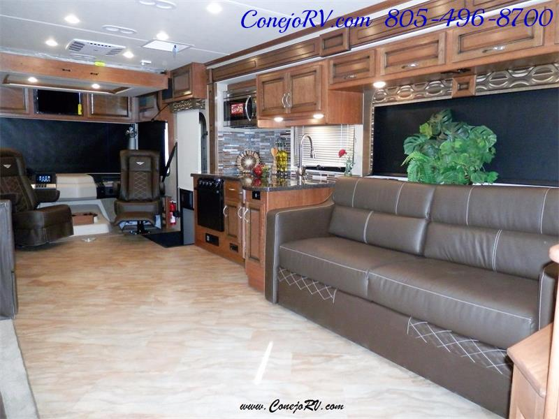2017 Fleetwood Bounder LX 36X 3-Slide Big Chassis Full Body Paint - Photo 31 - Thousand Oaks, CA 91360