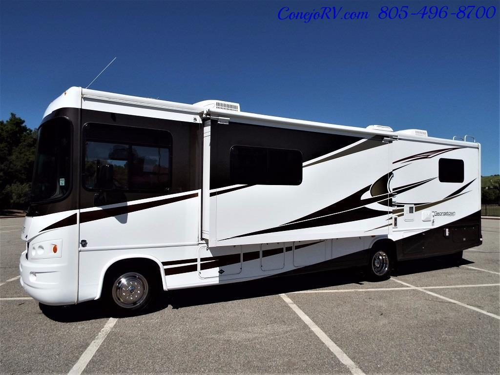2012 Forest River Georgetown 34ft Double Front-Slides - Photo 31 - Thousand Oaks, CA 91360