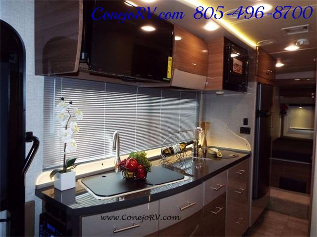 2016 Winnebago Itasca Navion 24G 2-Slides Full Body Paint Diesel - Photo 14 - Thousand Oaks, CA 91360