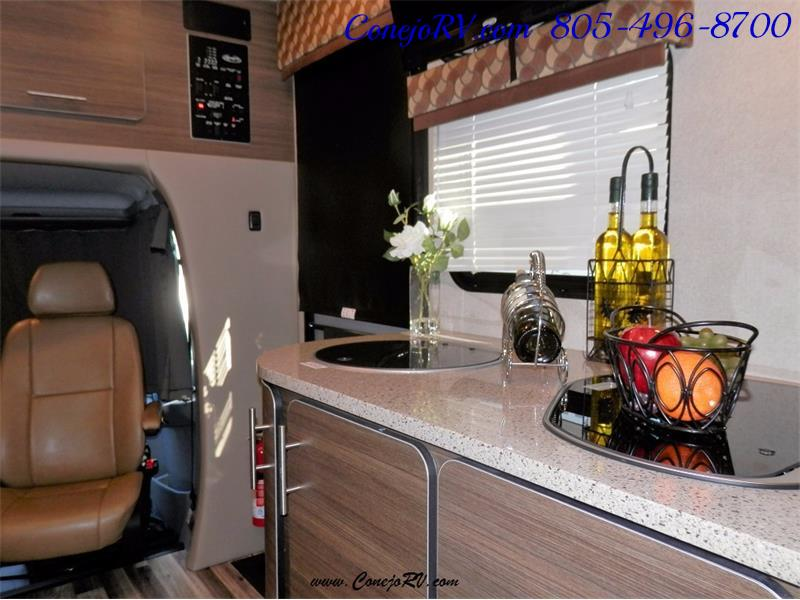 2016 Renegade RV Villagio 25QRS 2-Slide-Out Full Body Paint Diesel - Photo 11 - Thousand Oaks, CA 91360