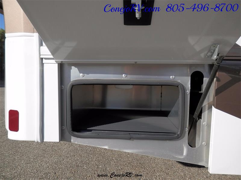 2016 Renegade RV Villagio 25QRS 2-Slide-Out Full Body Paint Diesel - Photo 32 - Thousand Oaks, CA 91360