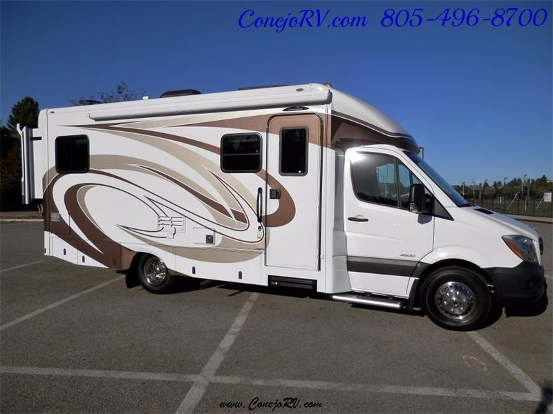 2016 Renegade RV Villagio 25QRS 2-Slide-Out Full Body Paint Diesel - Photo 3 - Thousand Oaks, CA 91360