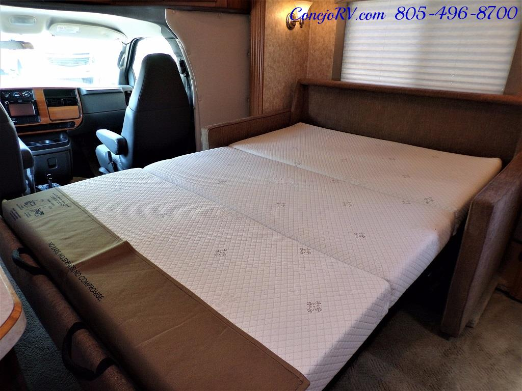 2007 Holiday Rambler Augusta 252DS HYDRAULIC LEVELERS Double Slide - Photo 13 - Thousand Oaks, CA 91360