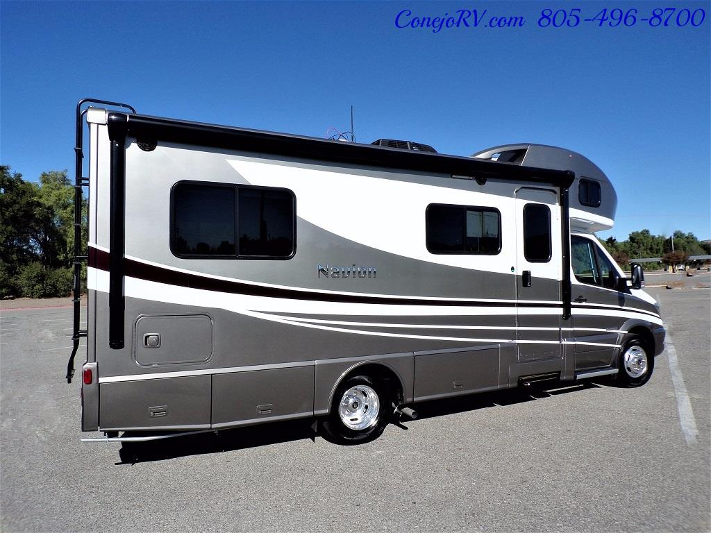 2018 Winnebago Navion 24V Slide-Out Full Body Paint Turbo Diesel - Photo 6 - Thousand Oaks, CA 91360
