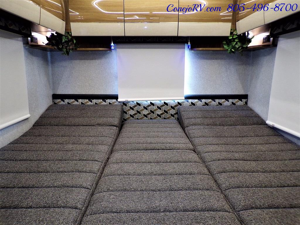 2018 Winnebago Navion 24V Slide-Out Full Body Paint Turbo Diesel - Photo 19 - Thousand Oaks, CA 91360