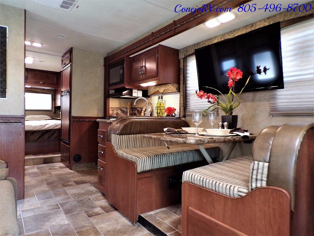2016 Thor Freedom Elite 28H Class C Slide Out 11K Miles - Photo 6 - Thousand Oaks, CA 91360