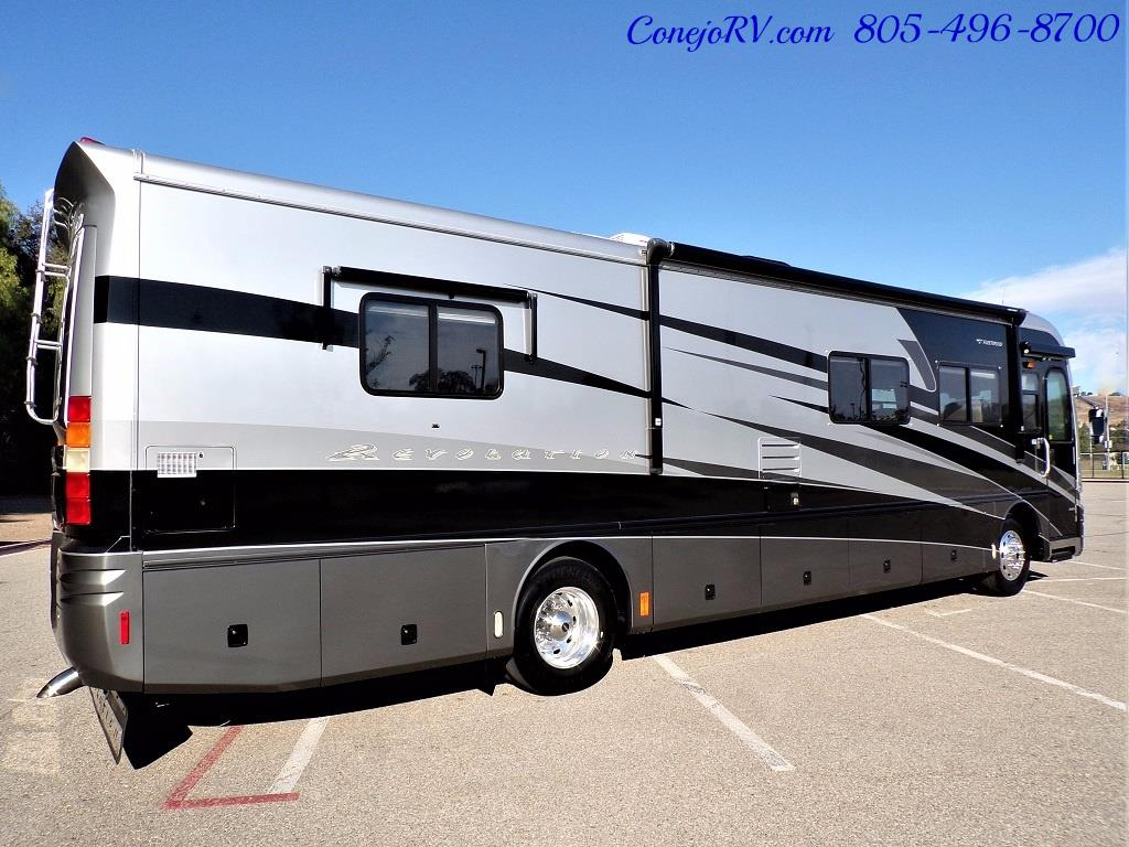 2005 Fleetwood Revolution 40C Double Slide Turbo Diesel 30K Miles - Photo 4 - Thousand Oaks, CA 91360