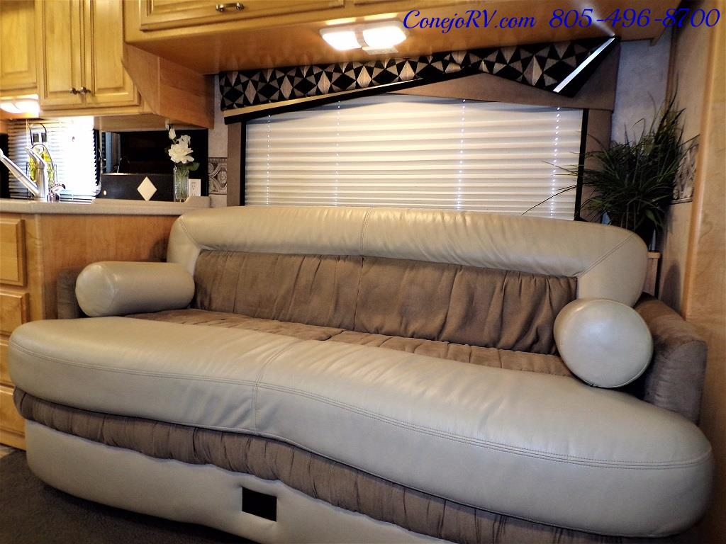 2005 Fleetwood Revolution 40C Double Slide Turbo Diesel 30K Miles - Photo 8 - Thousand Oaks, CA 91360