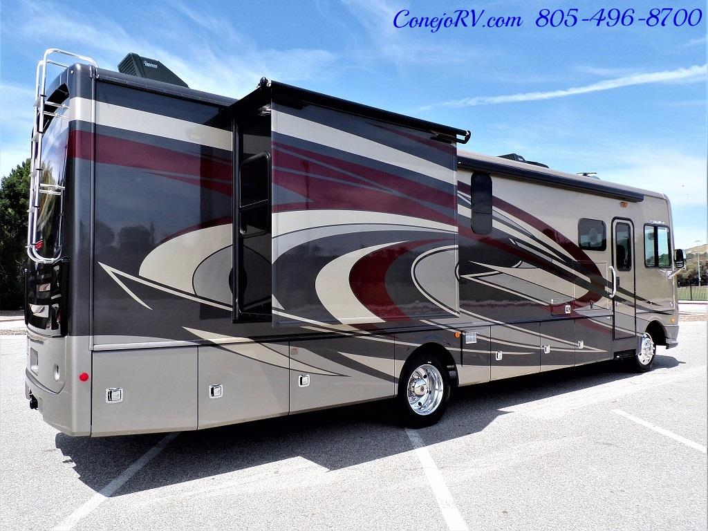 2018 Fleetwood Bounder LX 35K Bath and Half King Bed - Photo 6 - Thousand Oaks, CA 91360