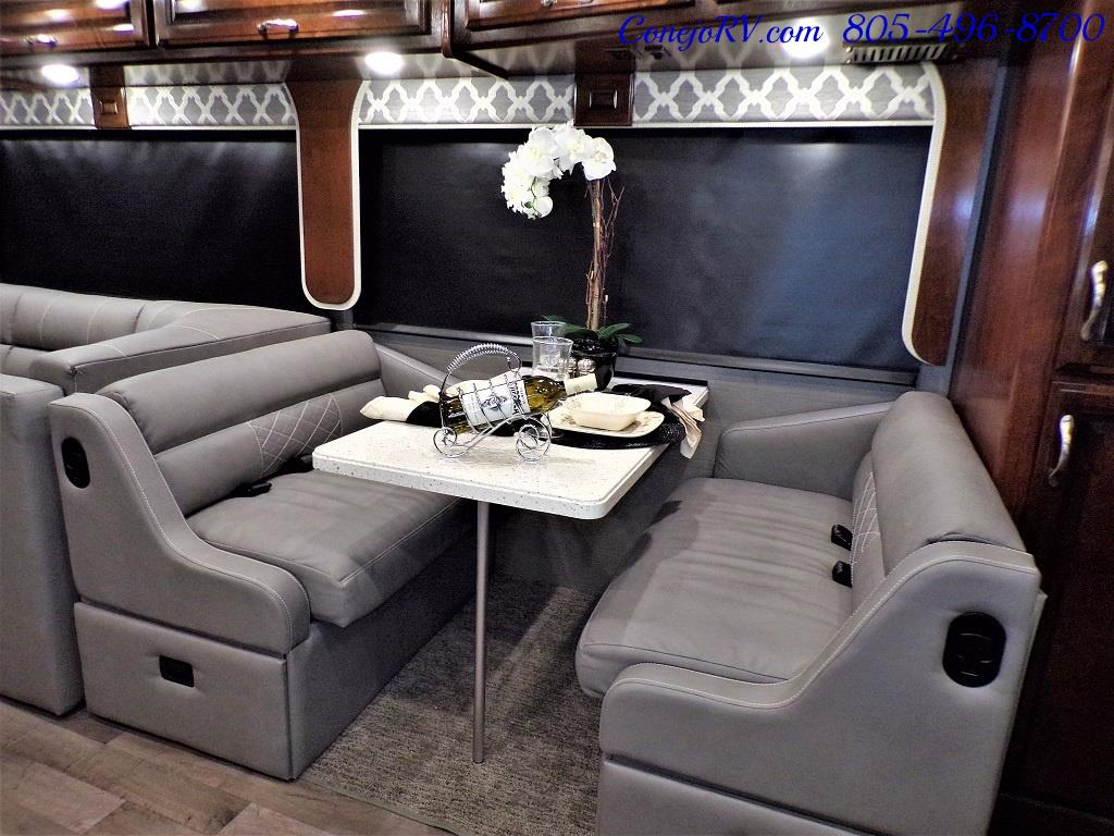 2018 Fleetwood Bounder LX 35K Bath and Half King Bed - Photo 10 - Thousand Oaks, CA 91360