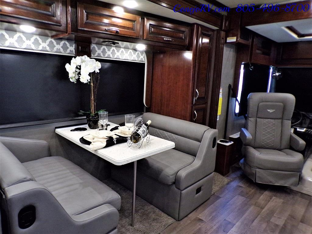2018 Fleetwood Bounder LX 35K Bath and Half King Bed - Photo 12 - Thousand Oaks, CA 91360