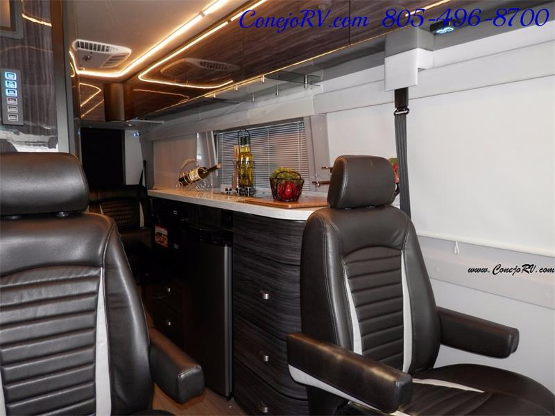 2017 Winnebago 70X ERA 24FT 4X4 Mercedes Sprinter Diesel - Photo 8 - Thousand Oaks, CA 91360