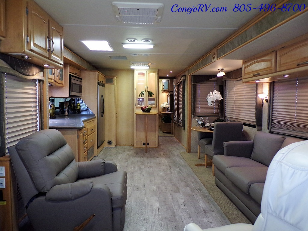 2005 Fleetwood Pace Arrow 37C Triple Slide - Photo 5 - Thousand Oaks, CA 91360