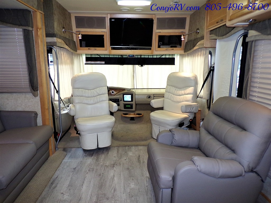 2005 Fleetwood Pace Arrow 37C Triple Slide - Photo 29 - Thousand Oaks, CA 91360