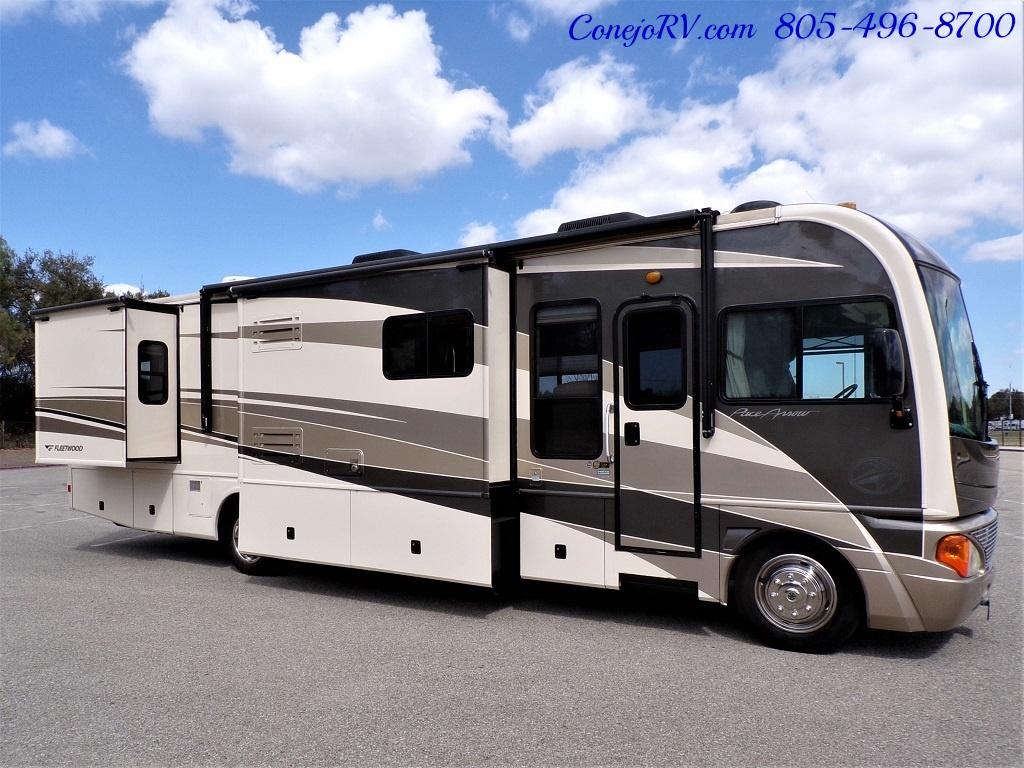 2005 Fleetwood Pace Arrow 37C Triple Slide - Photo 3 - Thousand Oaks, CA 91360