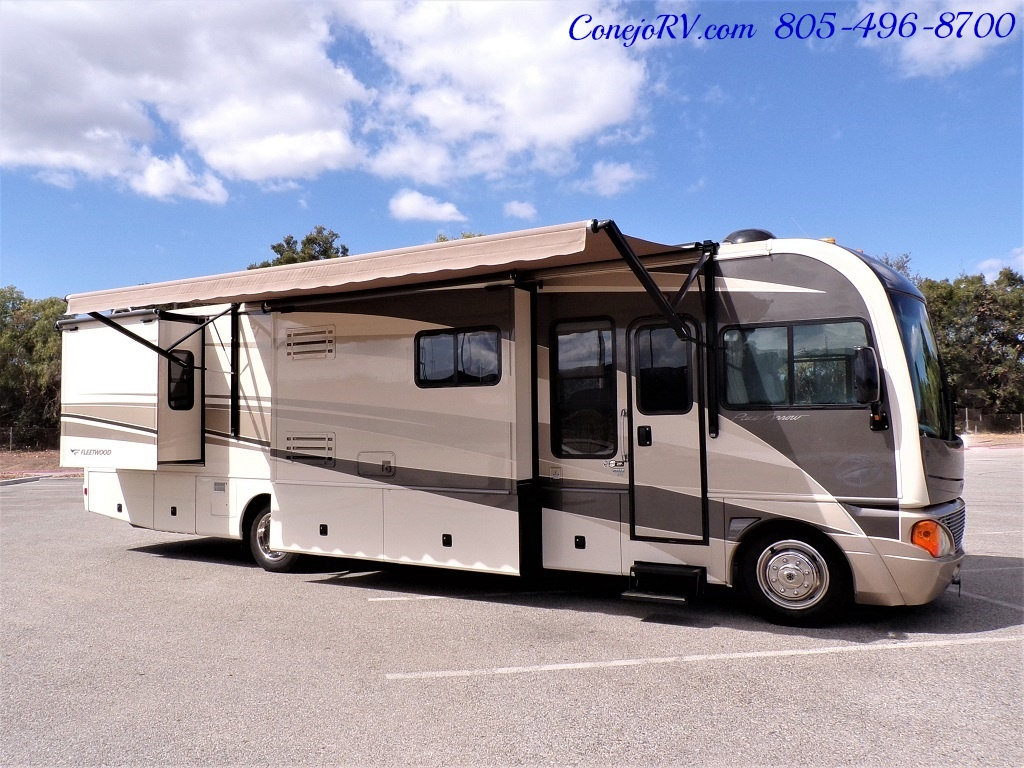 2005 Fleetwood Pace Arrow 37C Triple Slide - Photo 38 - Thousand Oaks, CA 91360