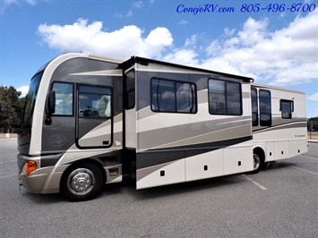 2005 Fleetwood Pace Arrow 37C Triple Slide