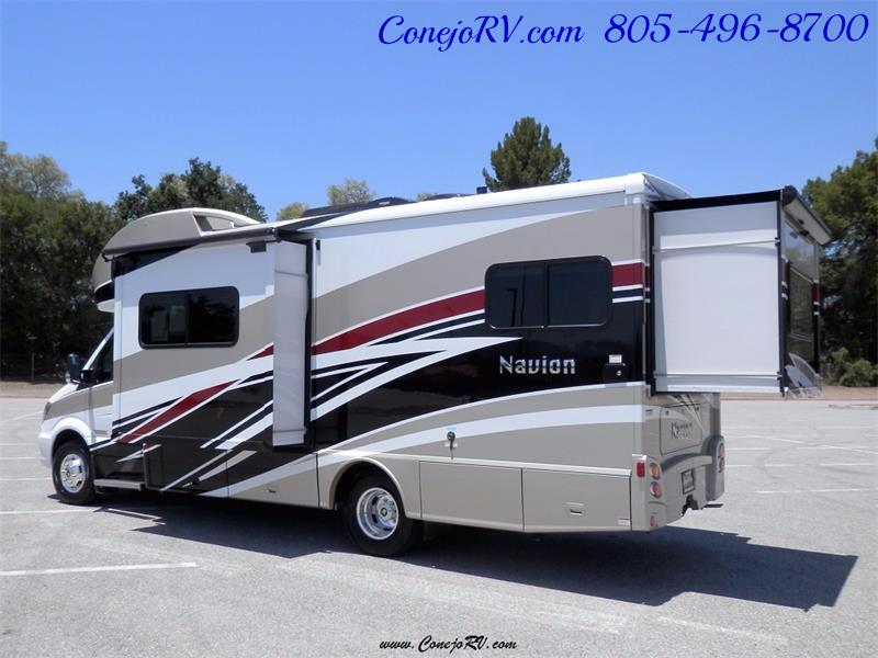 2017 Winnebago Itasca Navion 24G 2-Slides Full Body Paint Diesel - Photo 4 - Thousand Oaks, CA 91360