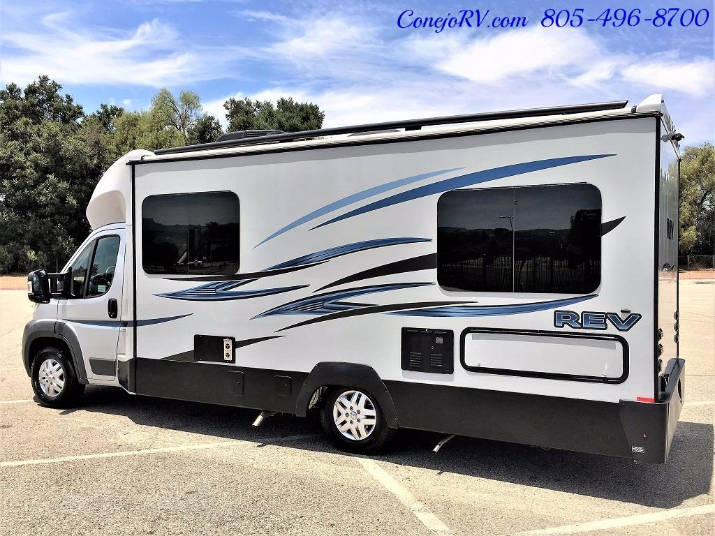 2015 Dynamax REV 24TB 11K Miles - Photo 2 - Thousand Oaks, CA 91360