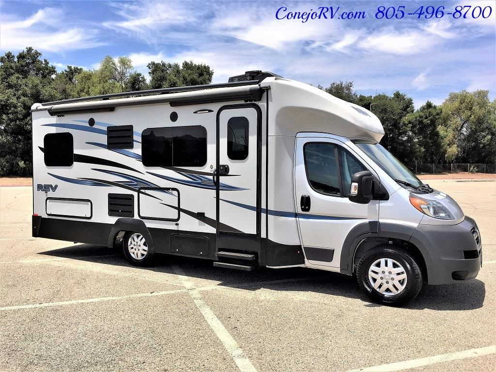 2015 Dynamax REV 24TB 11K Miles - Photo 3 - Thousand Oaks, CA 91360