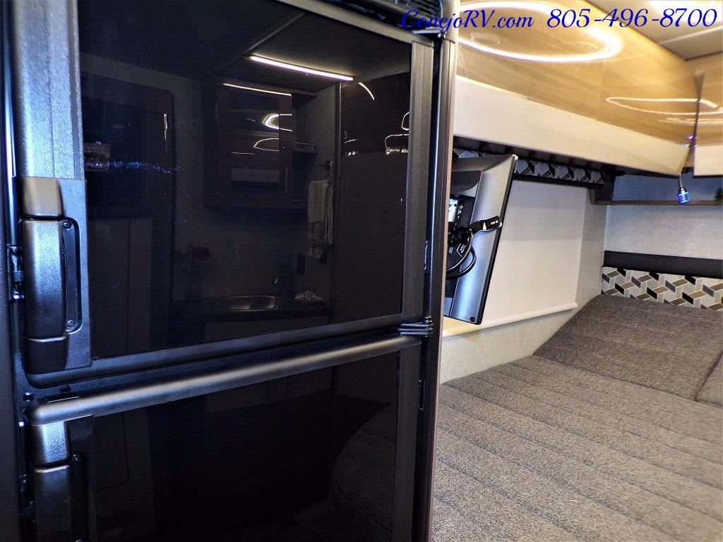 2018 Winnebago Navion 24J Slide-Out Mercedes Turbo Diesel - Photo 14 - Thousand Oaks, CA 91360