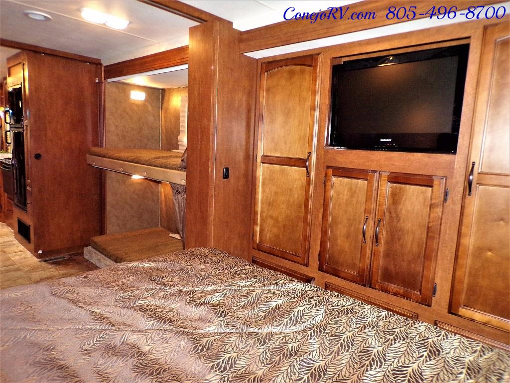 2013 Coachmen Mirada 34BH Bunkhouse Under 9K Miles - Photo 26 - Thousand Oaks, CA 91360