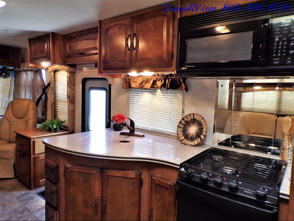 2013 Coachmen Mirada 34BH Bunkhouse Under 9K Miles - Photo 18 - Thousand Oaks, CA 91360