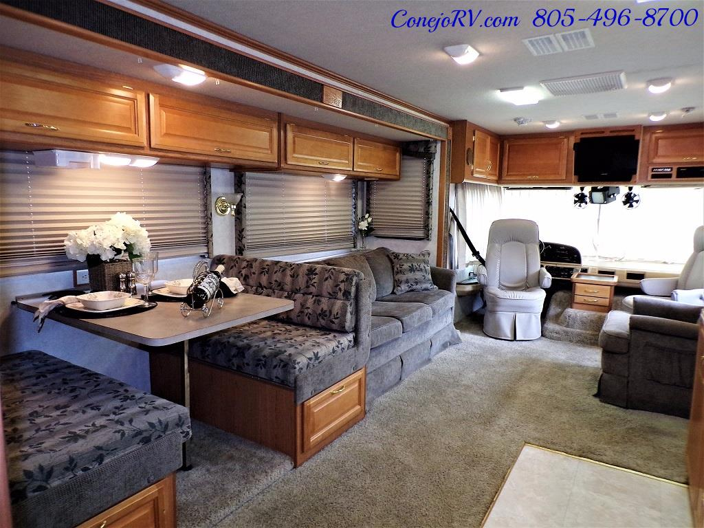 2001 Fleetwood Bounder 33R Double Slide Outs - Photo 27 - Thousand Oaks, CA 91360