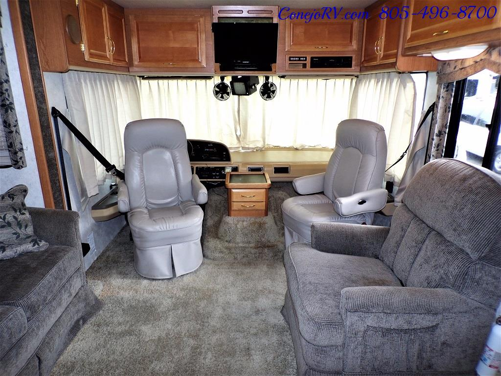 2001 Fleetwood Bounder 33R Double Slide Outs - Photo 29 - Thousand Oaks, CA 91360
