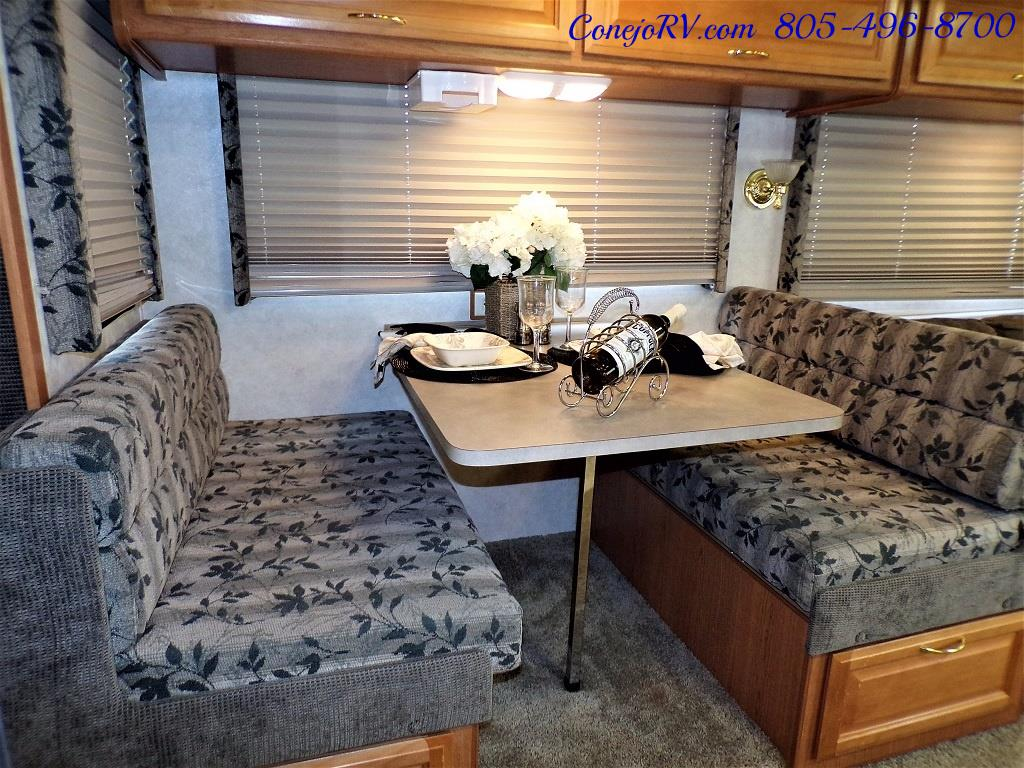 2001 Fleetwood Bounder 33R Double Slide Outs - Photo 12 - Thousand Oaks, CA 91360