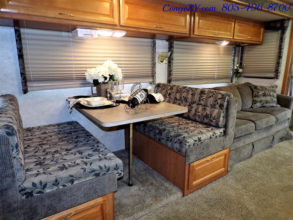 2001 Fleetwood Bounder 33R Double Slide Outs - Photo 13 - Thousand Oaks, CA 91360