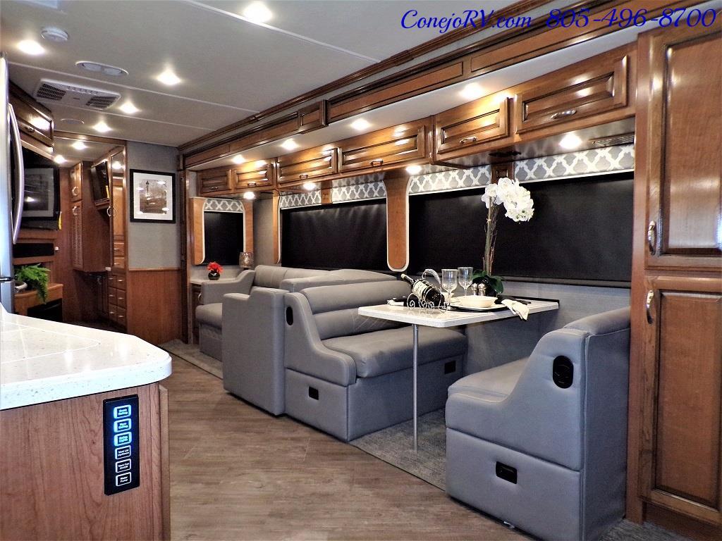 2018 Fleetwood Bounder LX 35K Bath and Half King Bed - Photo 8 - Thousand Oaks, CA 91360