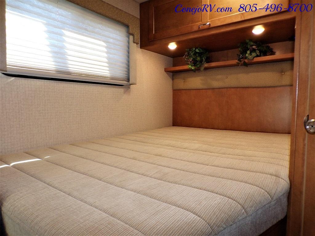 2017 Winnebago Minnie 22R Ford E-450 - Photo 16 - Thousand Oaks, CA 91360