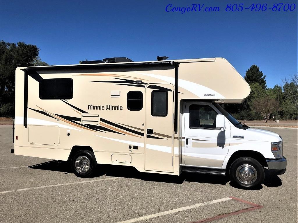 2017 Winnebago Minnie 22R Ford E-450 - Photo 3 - Thousand Oaks, CA 91360