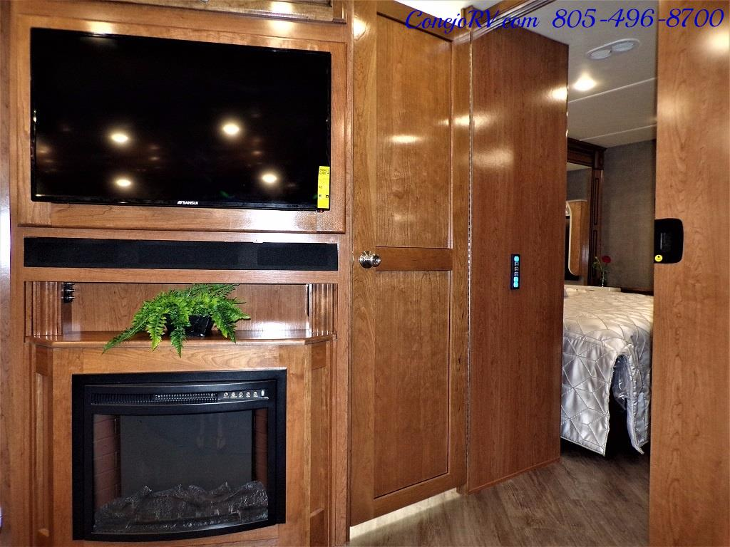 2018 Fleetwood Bounder LX 33C 2-Slide Big Chassis King Bed - Photo 22 - Thousand Oaks, CA 91360