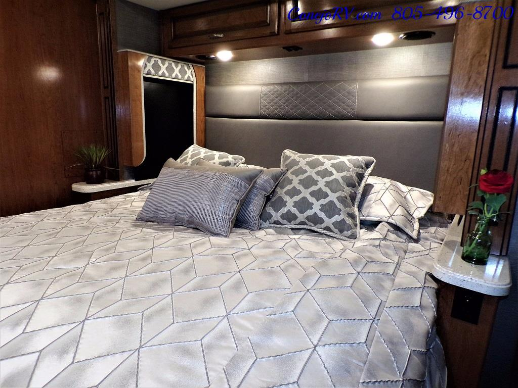 2018 Fleetwood Bounder LX 33C 2-Slide Big Chassis King Bed - Photo 27 - Thousand Oaks, CA 91360