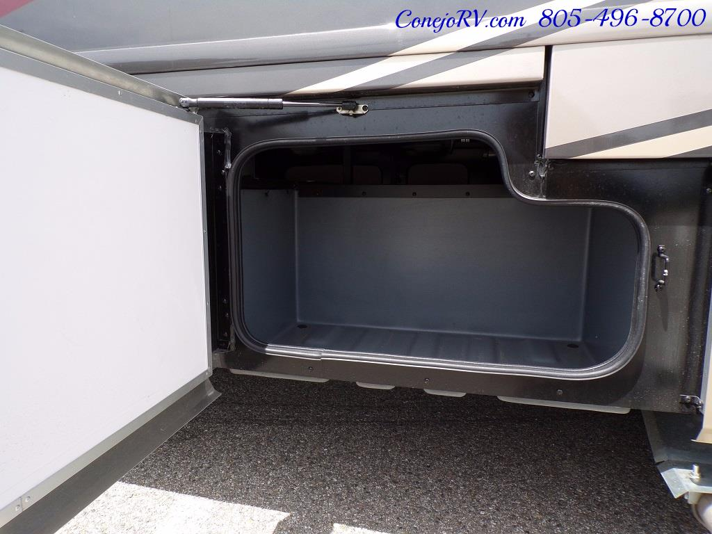 2018 Fleetwood Bounder LX 33C 2-Slide Big Chassis King Bed - Photo 49 - Thousand Oaks, CA 91360