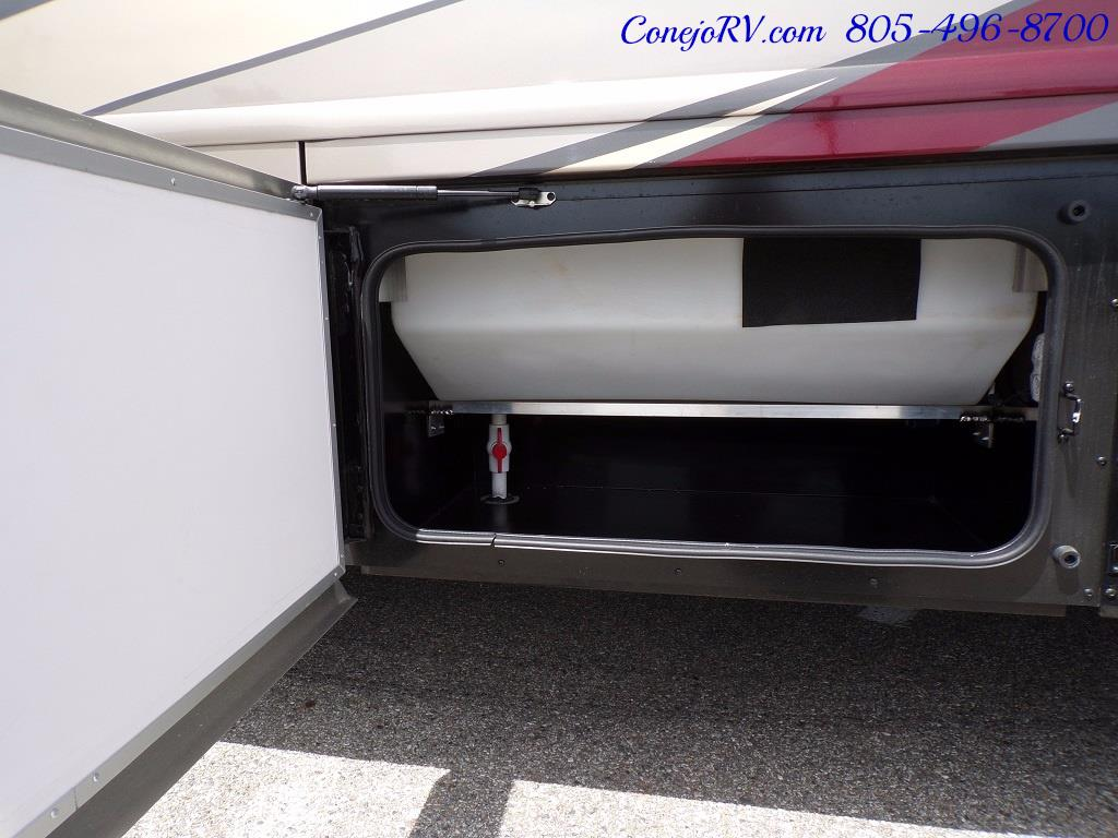 2018 Fleetwood Bounder LX 33C 2-Slide Big Chassis King Bed - Photo 51 - Thousand Oaks, CA 91360