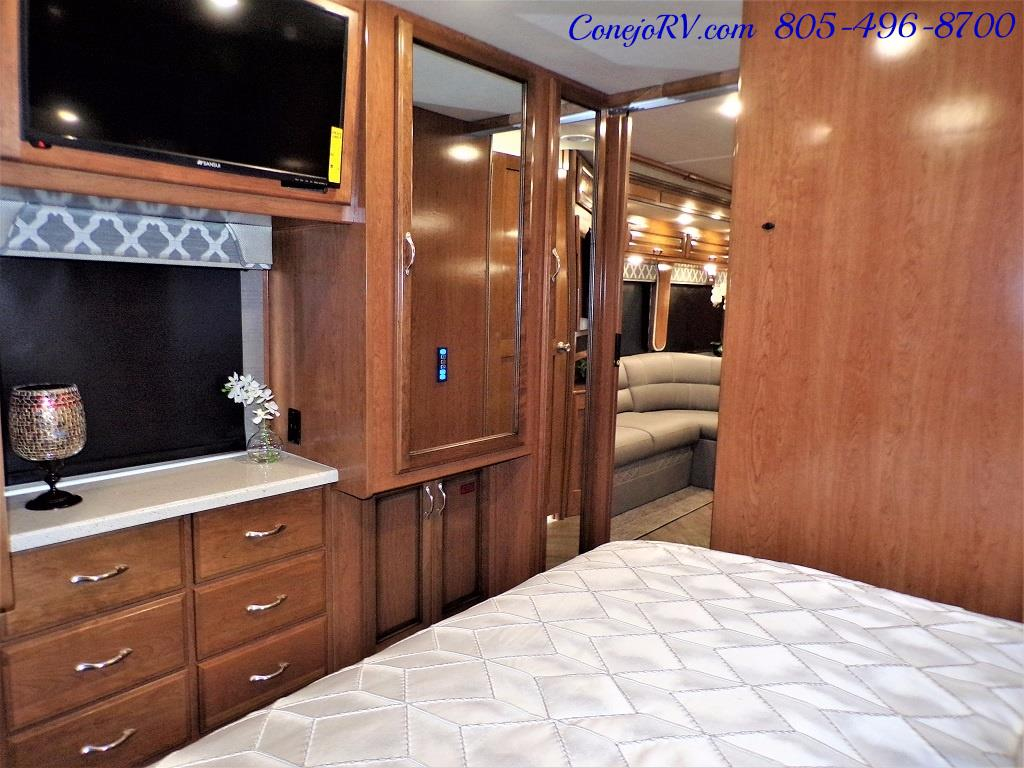 2018 Fleetwood Bounder LX 33C 2-Slide Big Chassis King Bed - Photo 28 - Thousand Oaks, CA 91360