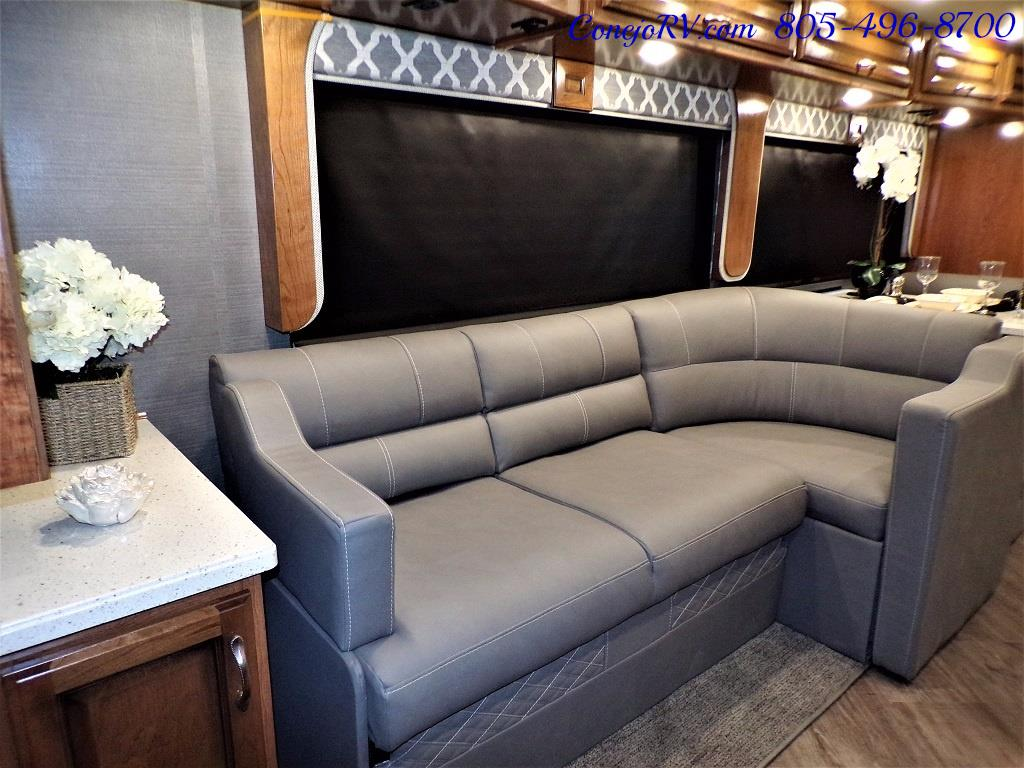 2018 Fleetwood Bounder LX 33C 2-Slide Big Chassis King Bed - Photo 14 - Thousand Oaks, CA 91360