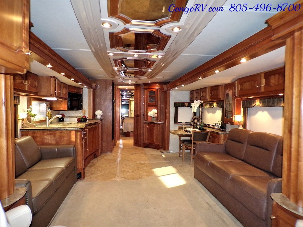 2006 Country Coach Intrigue 530 Ovation Quad Slide King Bed 525hp - Photo 5 - Thousand Oaks, CA 91360