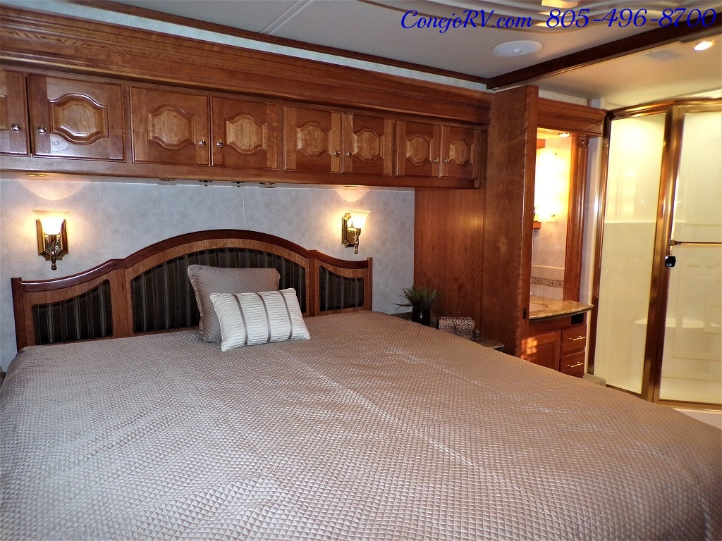 2006 Country Coach Intrigue 530 Ovation Quad Slide King Bed 525hp - Photo 29 - Thousand Oaks, CA 91360