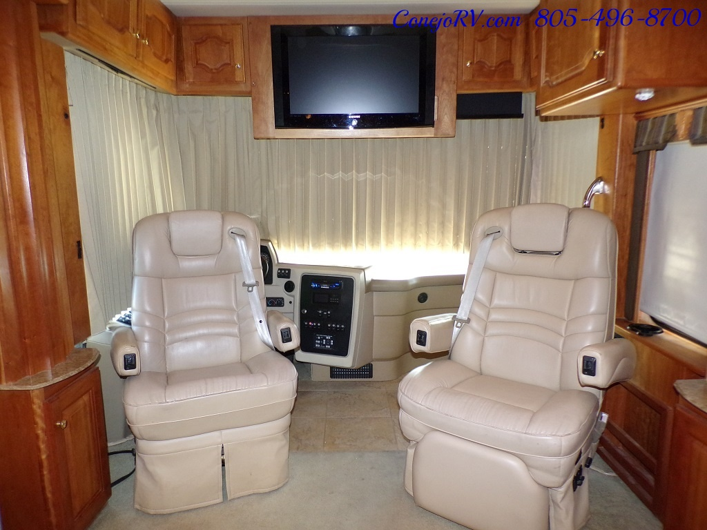 2006 Country Coach Intrigue 530 Ovation Quad Slide King Bed 525hp - Photo 38 - Thousand Oaks, CA 91360