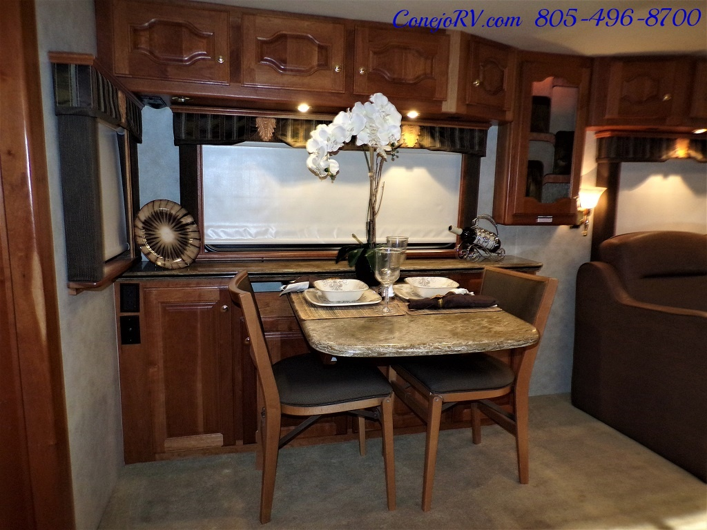 2006 Country Coach Intrigue 530 Ovation Quad Slide King Bed 525hp - Photo 12 - Thousand Oaks, CA 91360