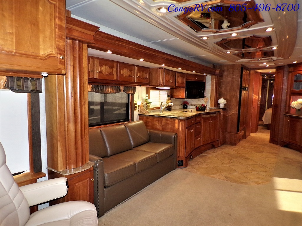 2006 Country Coach Intrigue 530 Ovation Quad Slide King Bed 525hp - Photo 7 - Thousand Oaks, CA 91360