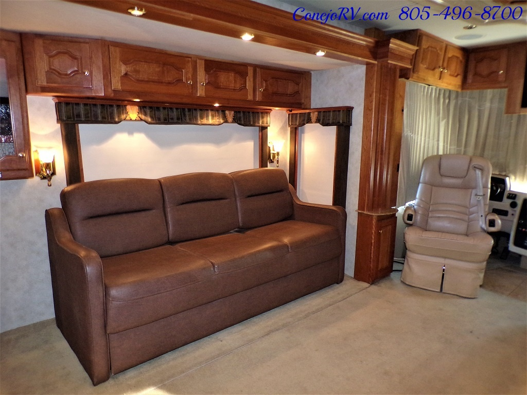2006 Country Coach Intrigue 530 Ovation Quad Slide King Bed 525hp - Photo 10 - Thousand Oaks, CA 91360