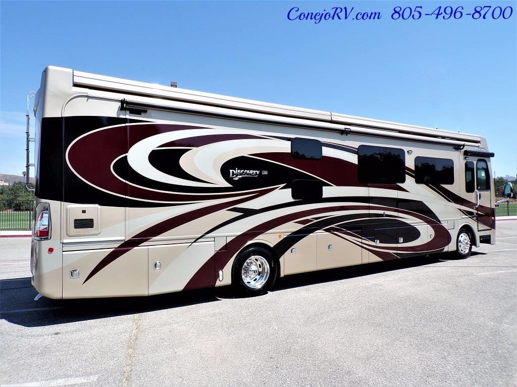 2017 Fleetwood Discovery LXE 40G FULL WALL SLIDE - Photo 6 - Thousand Oaks, CA 91360