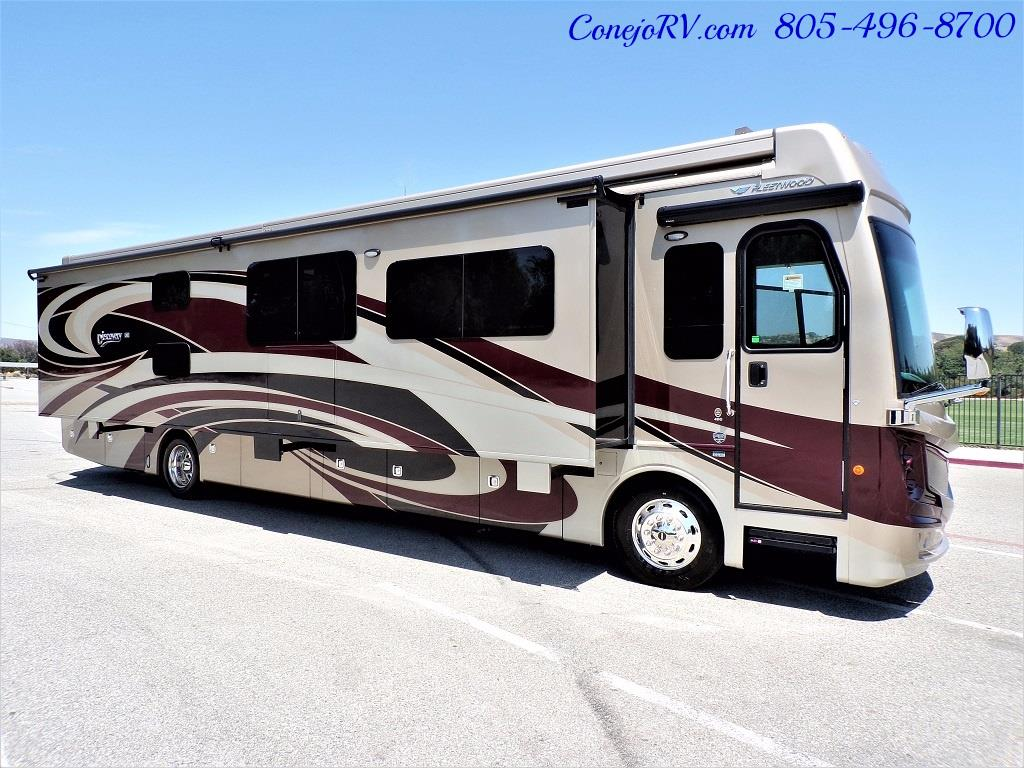 2017 Fleetwood Discovery LXE 40G FULL WALL SLIDE - Photo 5 - Thousand Oaks, CA 91360