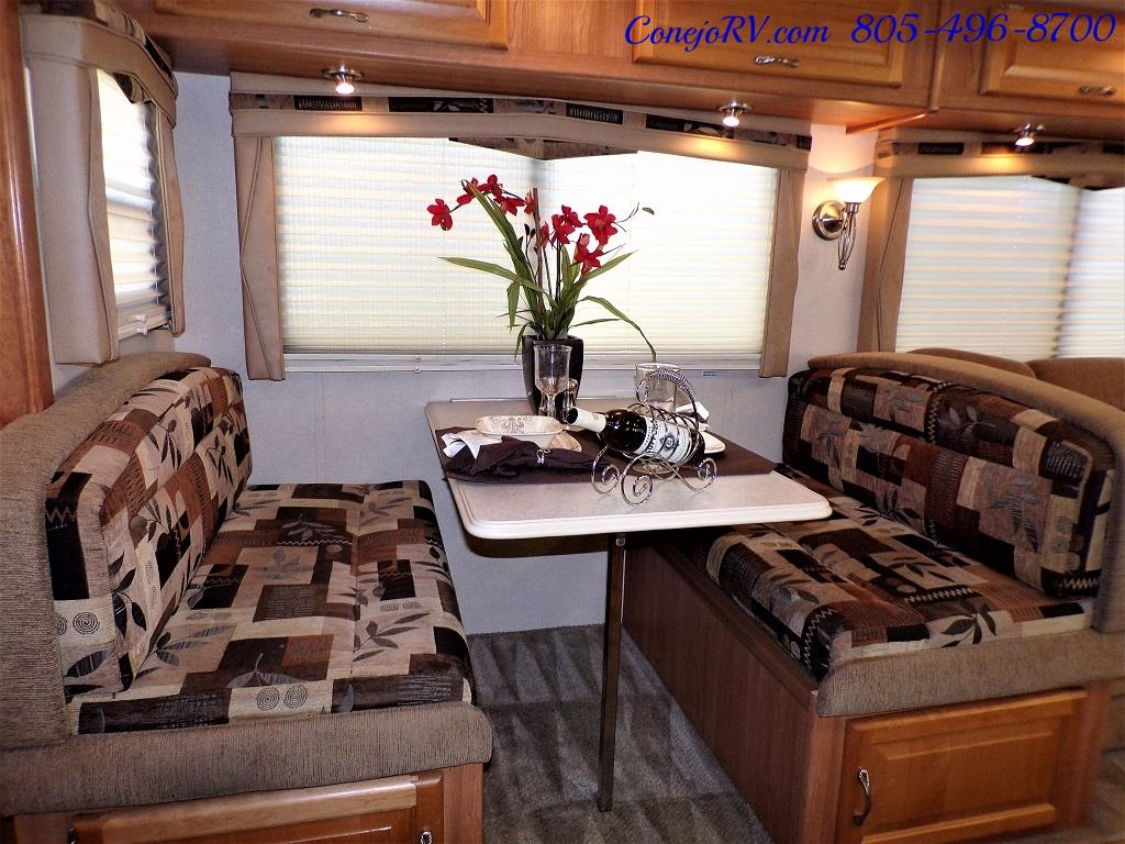 2008 National Dolphin 35C Double Slide Big Chassis - Photo 12 - Thousand Oaks, CA 91360