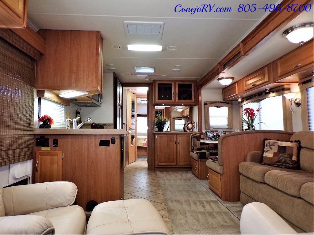 2008 National Dolphin 35C Double Slide Big Chassis - Photo 5 - Thousand Oaks, CA 91360